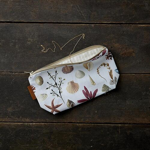 COSMETIC BAG - Beach - Pre order